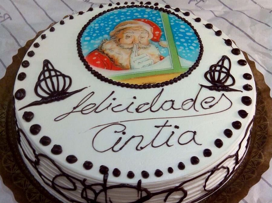 Tarta decorada con Papá Noel